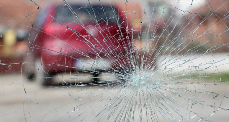 types of windshield cracks